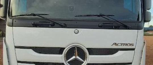 Mercedes 2651 - 2018 - 6x4 - Teto Alto - Automatico