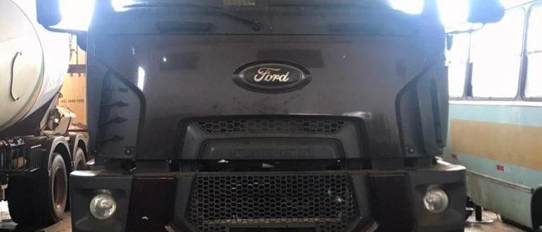 Ford 2842 - 2013 - 6X2 - Teto Alto - Manual - teto alto