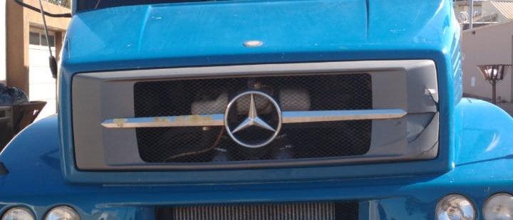 Mercedes 1620 - 2010 - 6x2 - leito - Bau