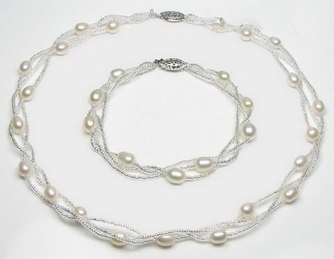 Sterling Silver White Fresh Water Cultured Pearl Set