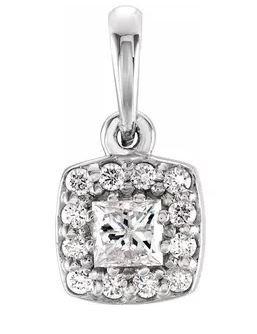 14k White Gold Diamond Cluster Necklace