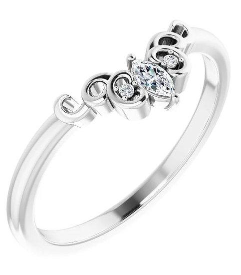 14k White Gold Vintage-Inspired Diamond Ring