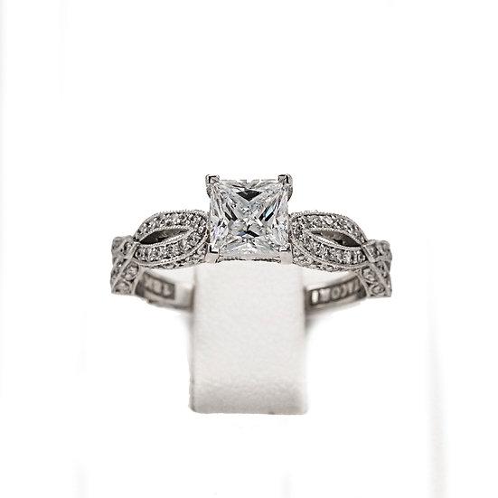 Tacori Princess Twist Solitaire Engagement Ring Style: HT2528PR5.5W