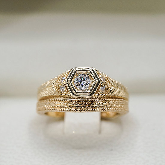 14k Yellow Gold Vintage-Inspired diamond wedding set