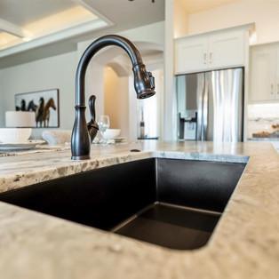 41-kitchen.jpg