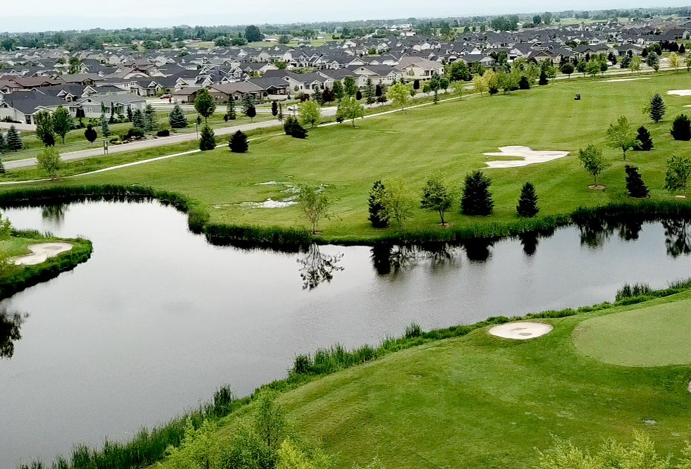 Golf-at-Legacy-2.jpg
