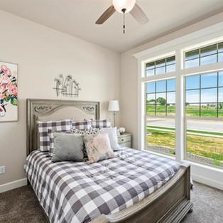 15-bedroom.jpg