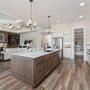 23-kitchen.jpg