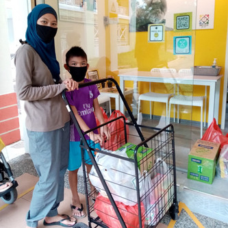 Hari Raya Puasa Food Distribution