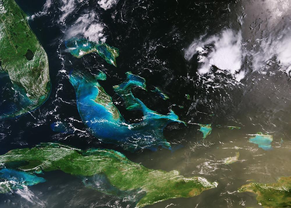 nuvem de poeira sobre Cuba