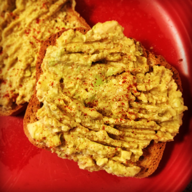 Paprika Avocado Spread