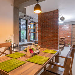 DINNING_TABLE_OUR_HOMES_3.JPG