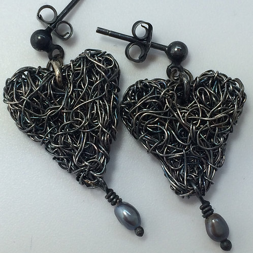 Oxidised heart earrings with pearl