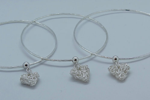 Small knitted heart bangle