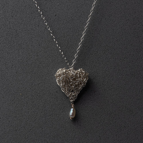 Silver knitted heart with drop pearl