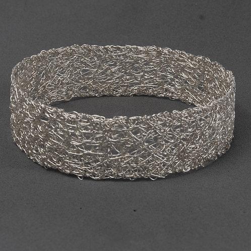 Narrow flat Knitted cuff