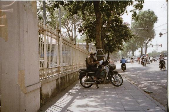 Hanoi%20on%20bikes%20001_edited.jpg