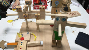 Construíndo robots / Construyendo robots