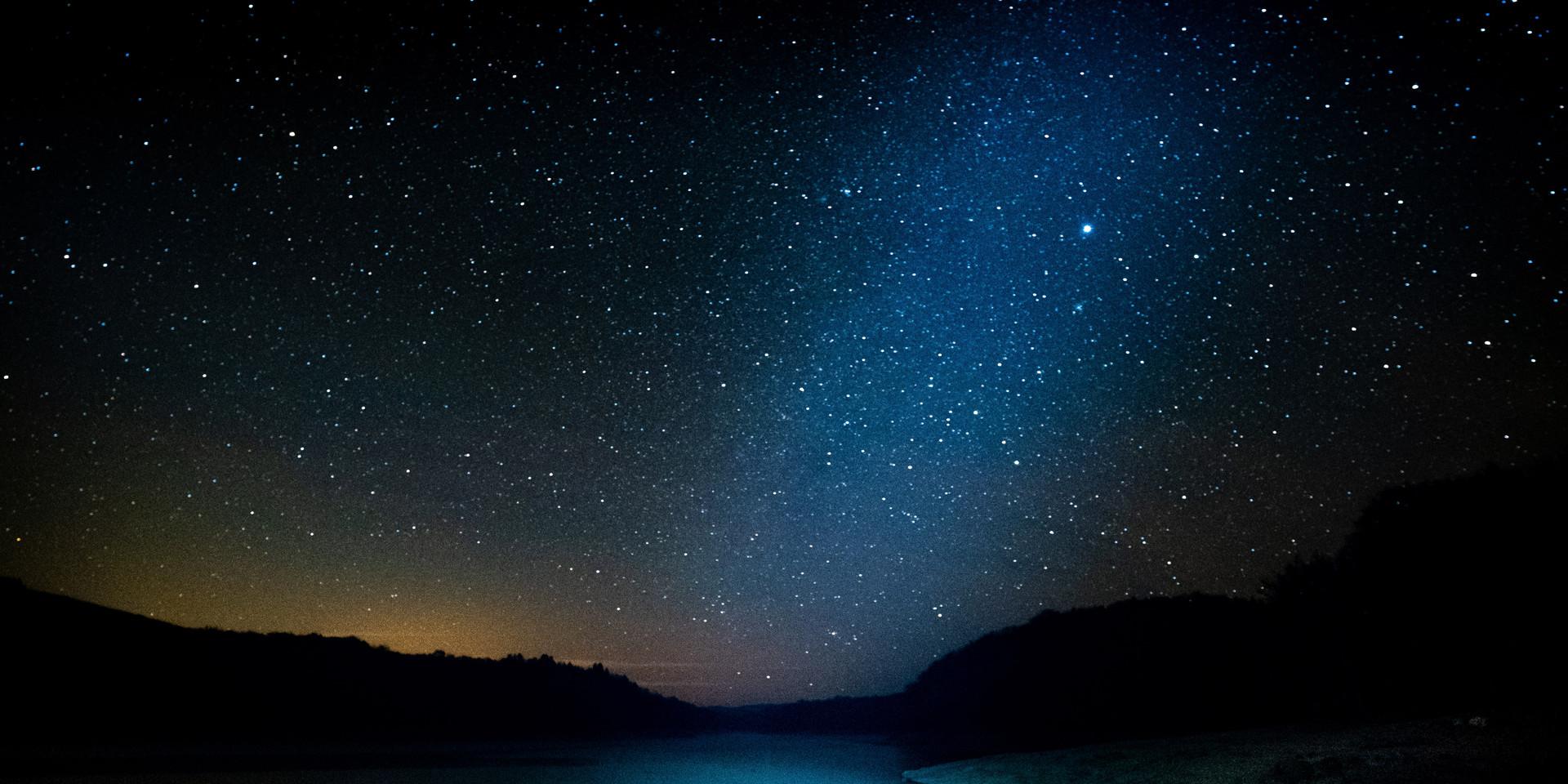 De nuit sur le lac de Chaumeçon