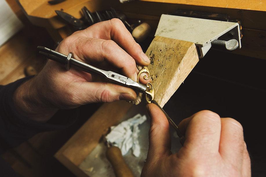 Juwelier Arbeits