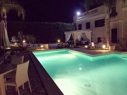 By night - pool area
