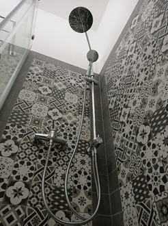 Primitivu Bathroom