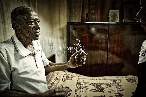 Story Telling, Havana, Cuba, Street Photography