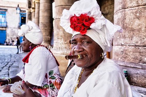 Fortune Teller, Havana Cuba, Street Photography