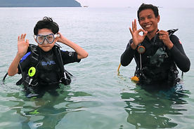 Dee with jr diver (1).jpg