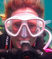 Warda under water PADI Dive instructor