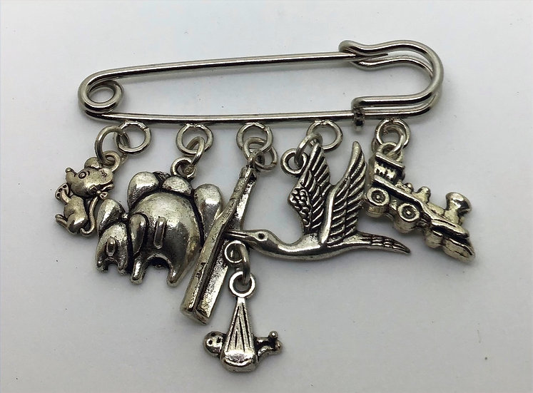 Dumbo inspired fairytale kilt pin brooch