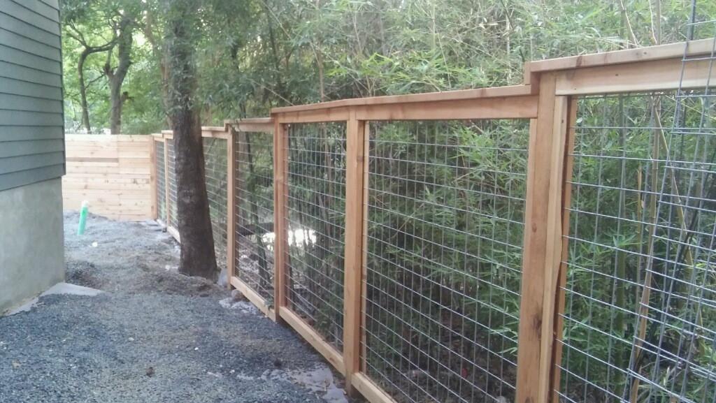 custom stepped bull wire fence tx.JPG