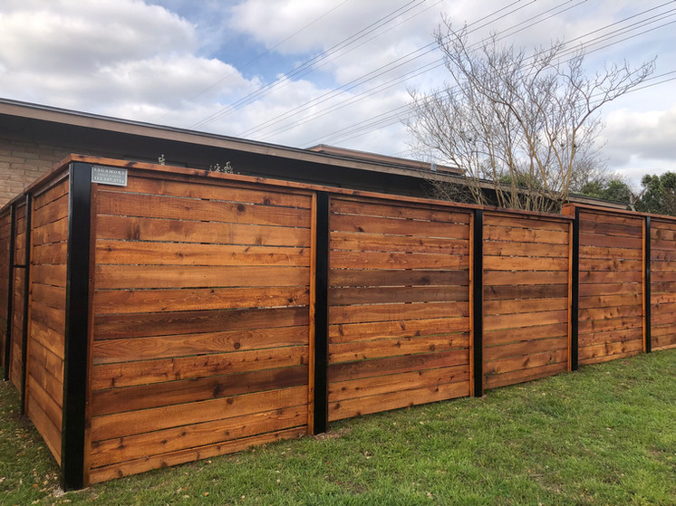 horizontal privacy fence corner detail and design