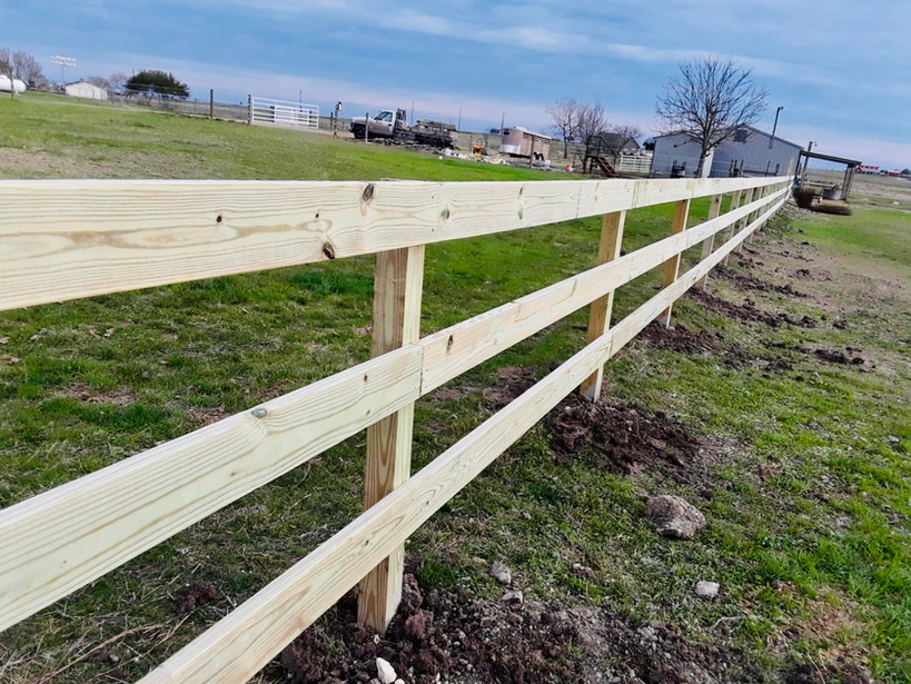 custom split rail wood ranch farm fence