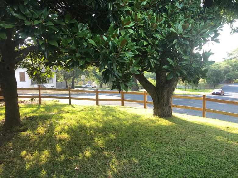 custom residential split rail fence aust