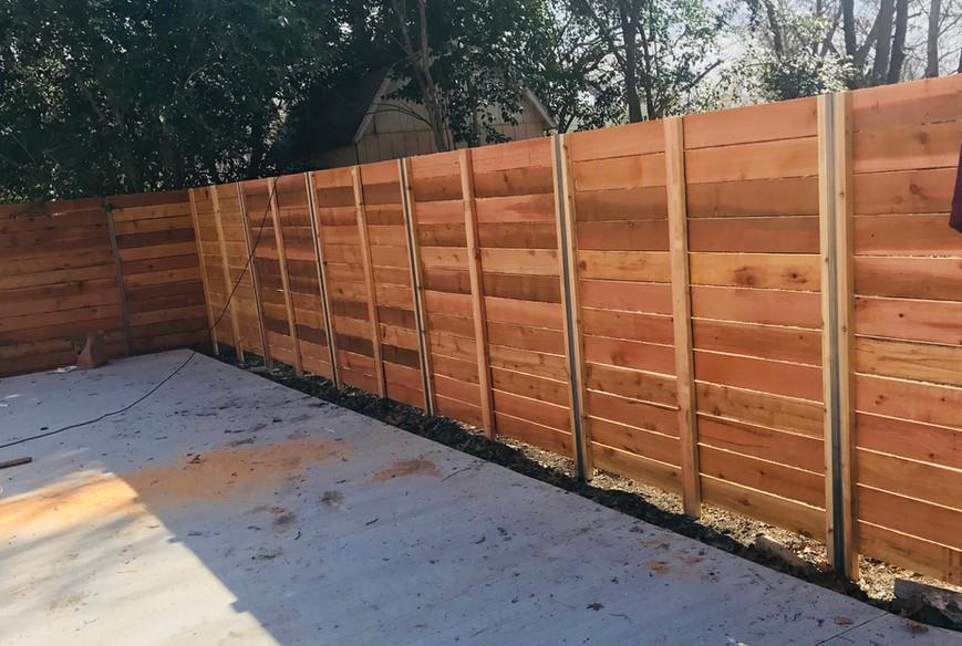 custom horizontal wood privacy fence tx