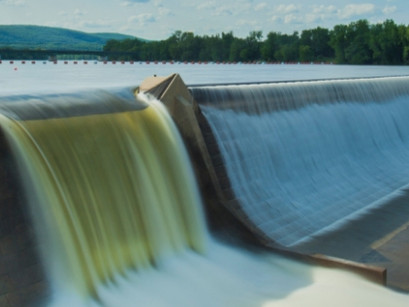 Do Small Hydropower Plants Provide Continuous Power?