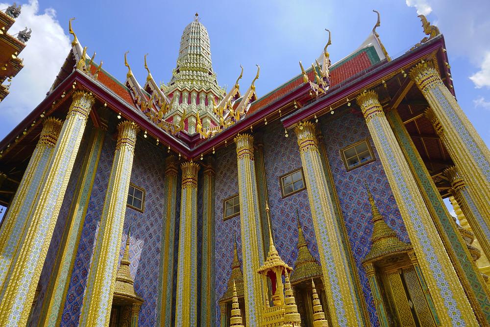 foto da fachada do templo Wat Phra Kaew, ou templo de Buda Esmeralda