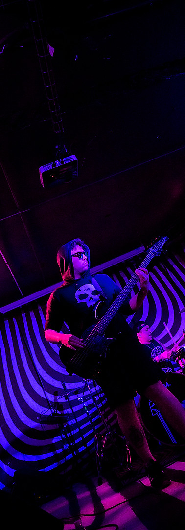 Gabo Ponce - Bass