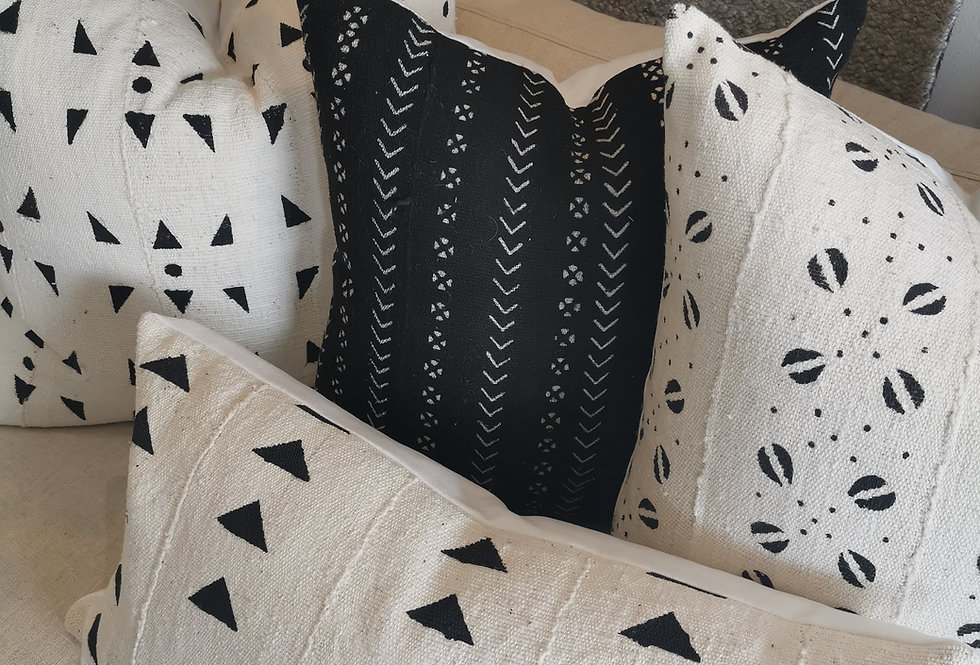 Mudcloth Pillow | Shells