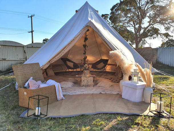 Bell Tent hire date night picnic Moon &