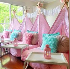 Pink & Aqua Theme