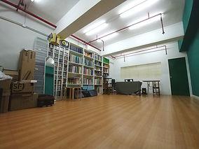 room_photo3.jpg