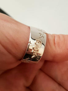 Unalome ring