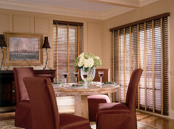 WOOD BLINDS-072h-RchMahDRHorOpn