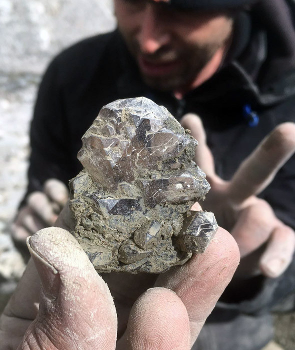 Bergkristall_Strahlen_Gwindel