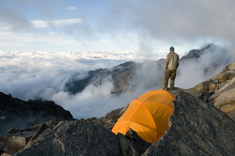 Auf dem Weg zu einer Kluft am Oberaargletscher