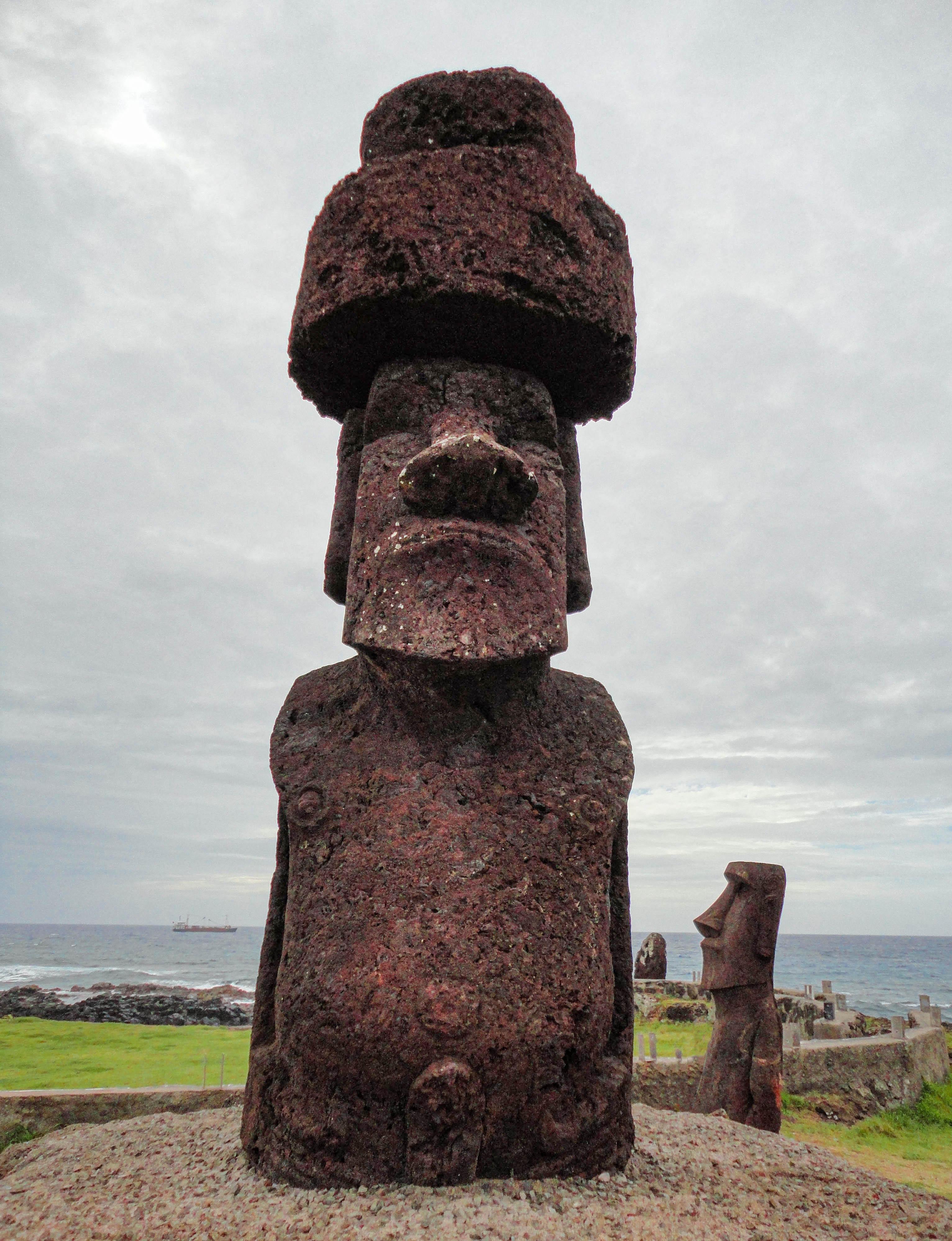 Moai near Poko Poko