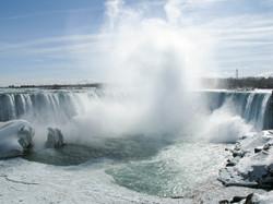 Horseshoe Falls and frozen Niagara River