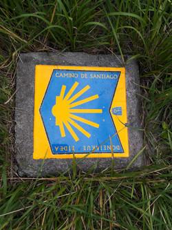 Camino waymarker